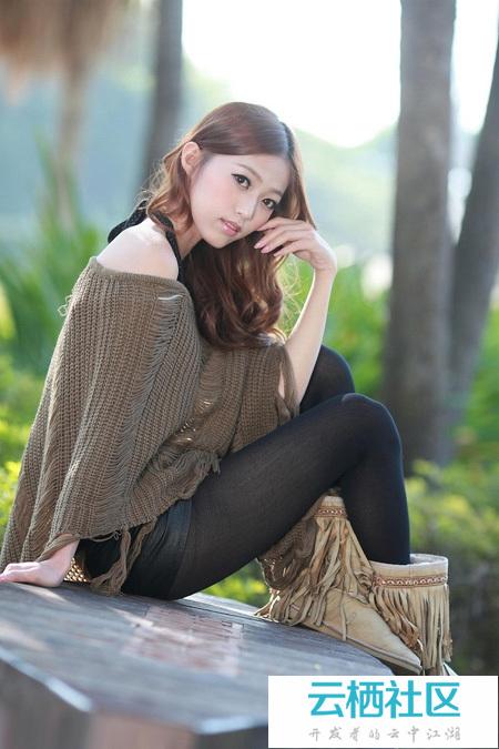利用Photoshop给树林中的美女加上柔和的冷色<a href=